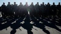 Дума определила, когда военные не смогут получать очередное звание